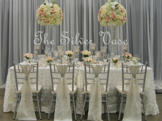 Gorgeous Head Table